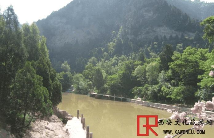 """陕西一景区:仅凭一块""""石头"""",却引来贵州200亿的旅游投资"""
